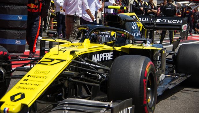 Domingo en Francia - Renault: Hasta la última vuelta