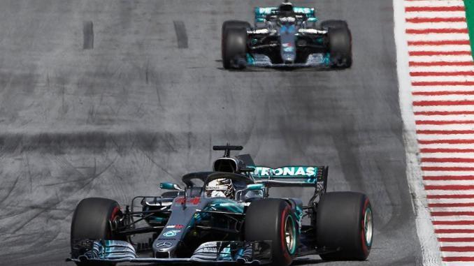 Viernes en Austria - Mercedes: Dominio inicial alterno