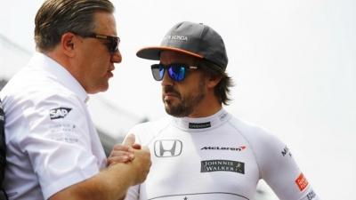 """Zak Brown: """"Si me llamara Fernando desearía tener tres coches"""""""