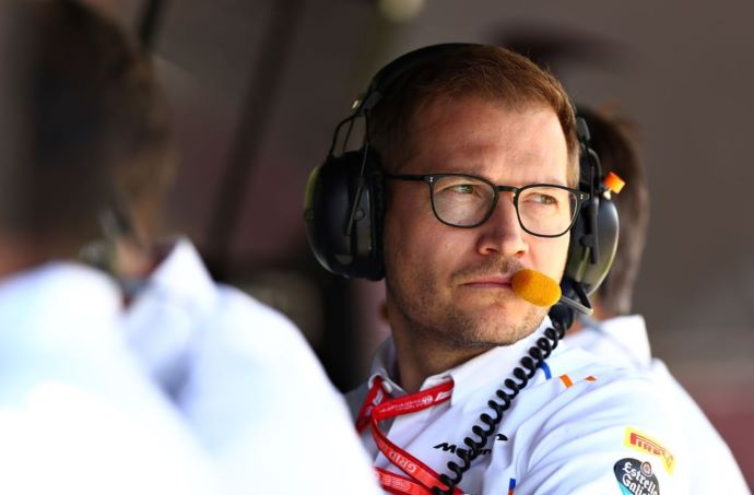 Andreas Seidl dice que en McLaren tienen que asumir riesgos