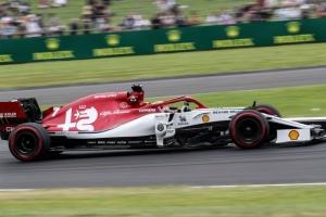 Sabado en Gran Bretaña - Alfa Romeo a las puertas de la Q3, con Giovinazzi por delante