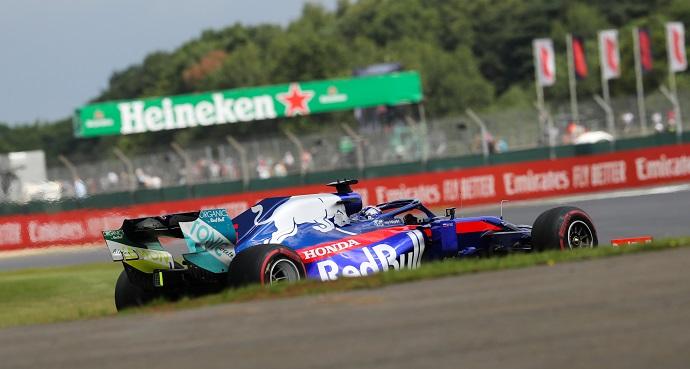 Domingo en Gran Bretaña- Toro Rosso: Kyvat remonta y consigue puntuar
