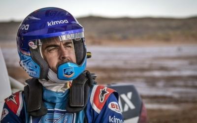 Alonso completa con éxito sus primeras pruebas con Toyota para su participación en el Dakar 2020