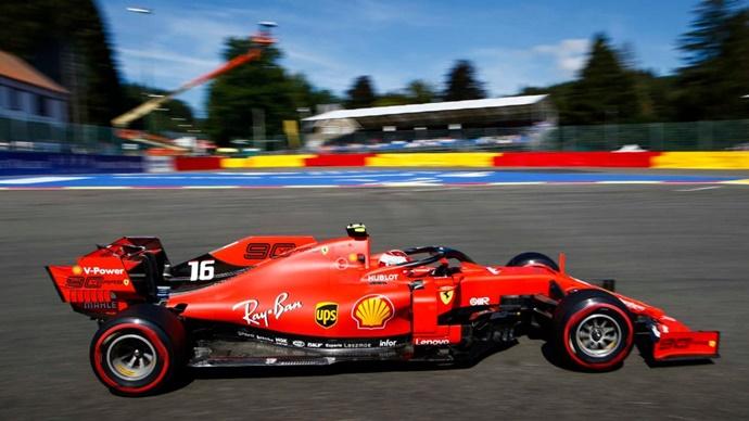 Crónica Libres 2 - GP Bélgica: Ferrari se postula como favorito a la pole en Spa