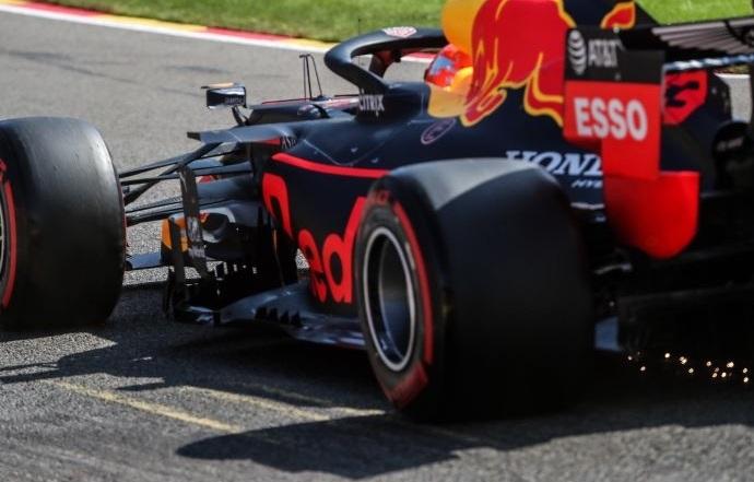 Domingo en Bélgica - Red Bull: Albon sorprende y Verstappen decepciona