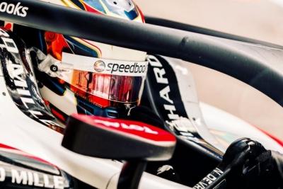 Nyck De Vries, nuevo campeón de F2