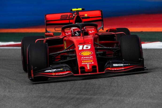 Clasificación en Rusia – Leclerc, invicto, reclama su cuarta Pole Position de manera consecutiva