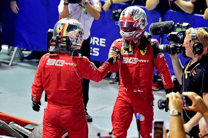 Domingo en Singapur - Ferrari: Tremendo 1-2 para acabar con la sequía de Vettel