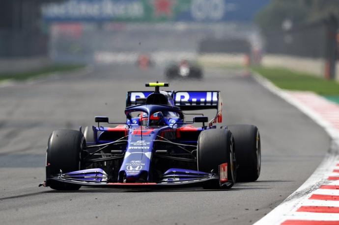 Domingo en México – Toro Rosso: El toque de Kvyat permite a Gasly puntuar