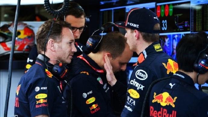 Horner sale en defensa de Verstappen tras las declaraciones de su padre