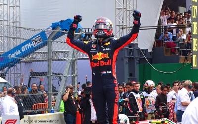 Verstappen cree que Ferrari le pondrá más difícil su tercera victoria