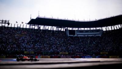 Horner y Brawn defienden la condución de Verstappen en México