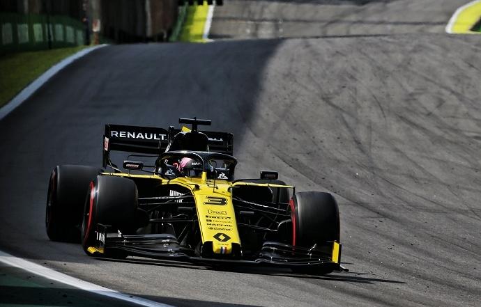 Domingo en Brasil - Renault: Ricciardo remonta tras su incidente con Magnussen