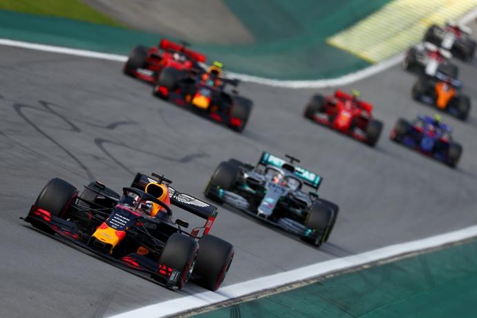 Brawn señala que la F1 buscará tener más relanzadas emocionantes como las que se vieron en Interlagos