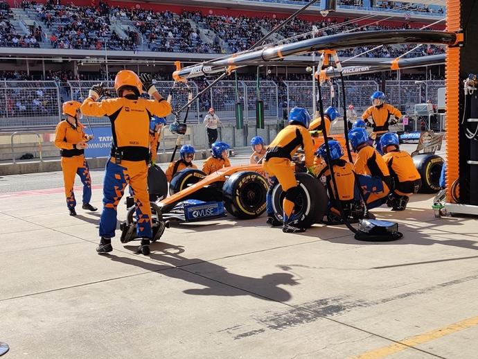 McLaren reconoce su error y admite que tienen que trabajar más en las paradas en boxes