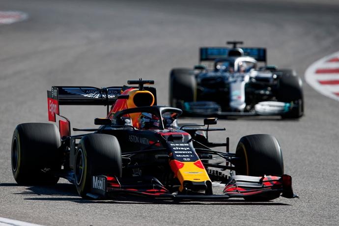 Un daño en el fondo plano privó a Verstappen de luchar por la victoria en Estados Unidos