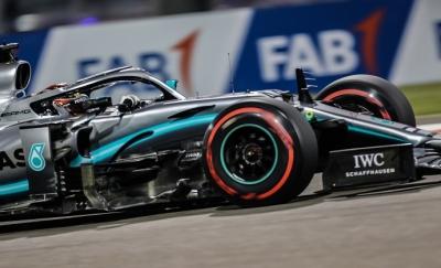Crónica GP de Abu Dhabi Hamilton gana y corrobora su idilio con el Yas Marina