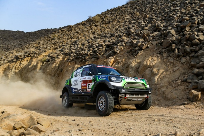Dakar 2020 – Etapa 1: Zala gana por delante de Peterhansel y Sainz; buen debut de Alonso