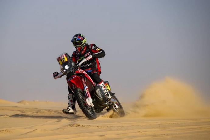 Dakar 2020 Etapa 10: Sainz da un golpe sobre la mesa en una etapa reducida
