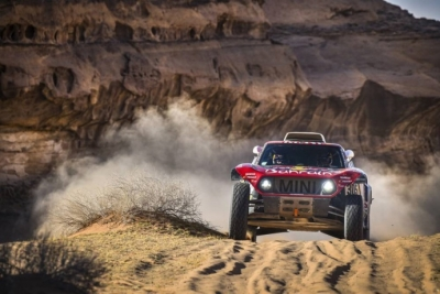 Dakar 2020 Etapa 5: Sainz y Cruz ganan su segunda etapa y se aferran al liderato