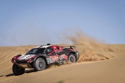 Dakar 2020 Etapa 8: Serradori le arrebata la victoria a Alonso y la general aprieta