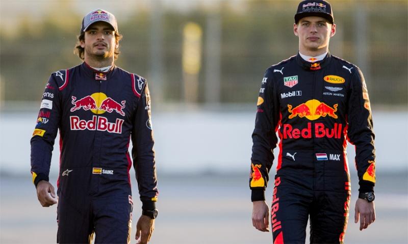 Sainz no está al nivel de Verstappen, según Helmut Marko