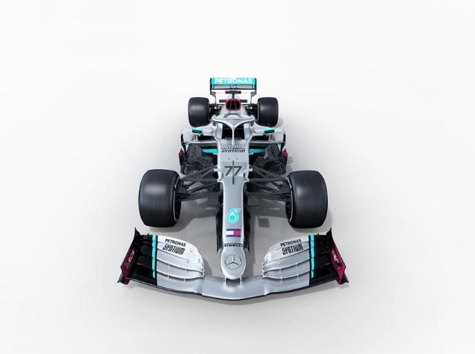 Mercedes le sube la temperatura al 2020
