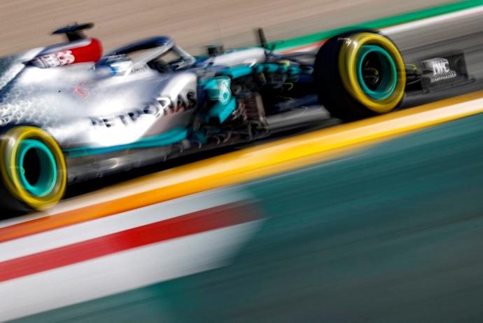 Bottas domina en la primera sesión matinal del primer día de pretemporada