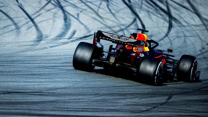 Test F1 2020: Día 2 - Red Bull, dos motores y tandas largas