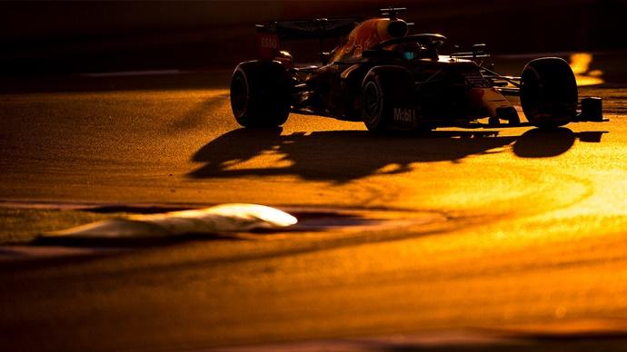 Test F1 2020: Día 3 - Red Bull, ni las flechas plateadas les quitan las alas