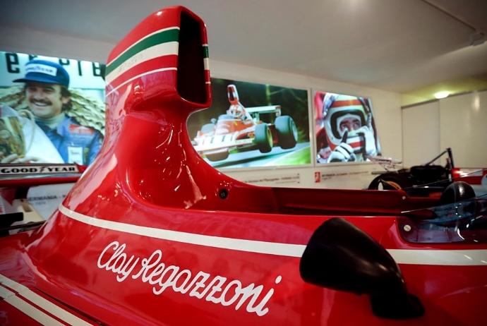 Desgraining un homenaje a Clay Regazzoni