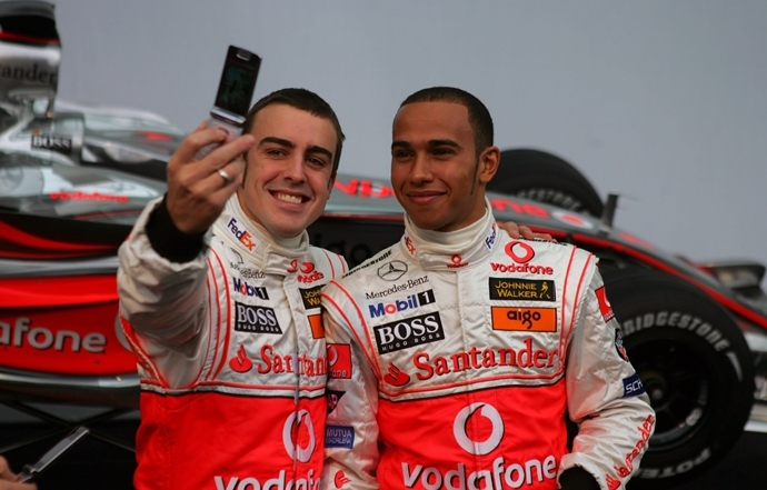 Briatore advirtió a Alonso sobre Hamilton tras su fichaje con McLaren en 2007
