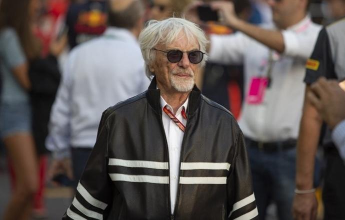 """Ecclestone: """"Habría ido tras Briatore para liderar Ferrari"""""""