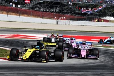 """Sainz y Grosjean ven una rivalidad exagerada en la serie """"Drive to survive"""""""