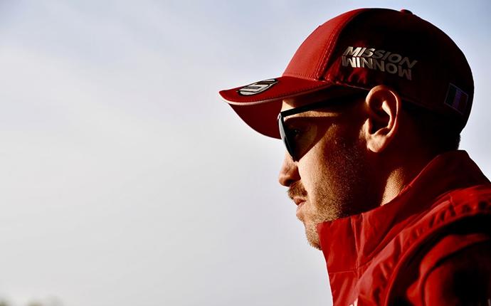 Vettel asegura que la mentalidad italiana de Ferrari no es obstáculo para ser campeones