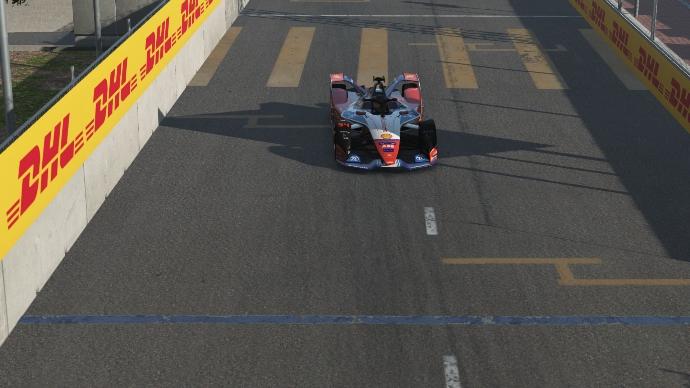 Wehrlein repite victoria en el Race at Home Challenge en Hong Kong