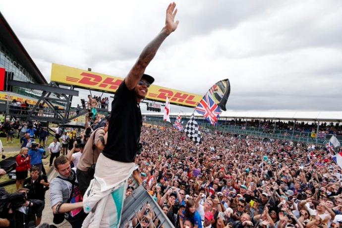 OFICIAL:Silverstone albergará dos Grandes Premios si las autoridades lo permiten Silverstone albergará dos Grandes Premios si las autoridades lo permiten