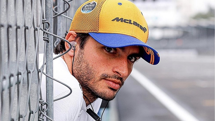 Carlos Sainz explica cómo fue su fichaje por Ferrari