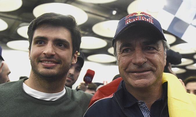 Carlos Sainz nos da pistas sobre el futuro de su hijo