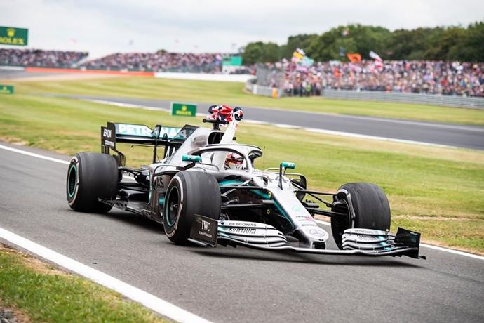Hamilton busca cambiar cosas en su estilo de conducción cada año para ser mejor