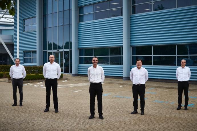 Mercedes anuncia cambios en la división de motores