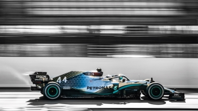 Mercedes podría implementar mejoras para la primera carrera en Austria
