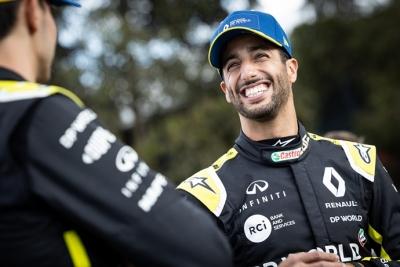 Renault seguirá compartiendo los detalles de su monoplaza con Ricciardo