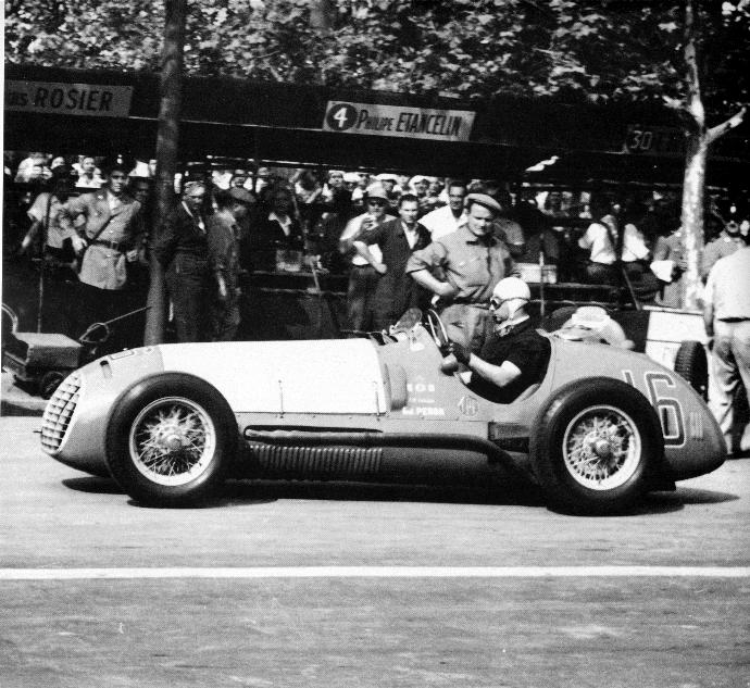 Juan Manuel Fangio, a 25 años de su partida