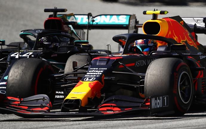 """Horner critica a Hamilton: """"Lewis tiene que preguntarse qué cambiar"""""""