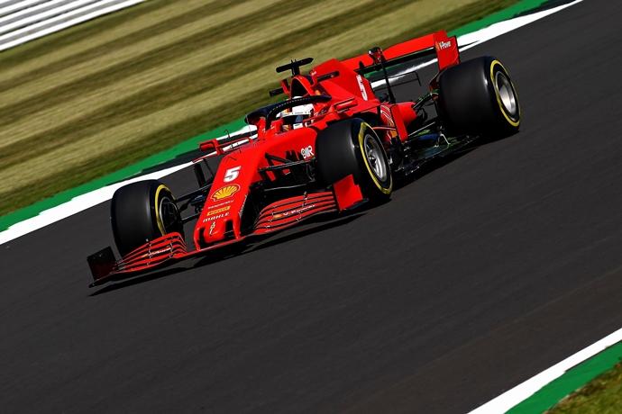Viernes en Silverstone – Ferrari: esperanzador Leclerc; día complicado para Vettel