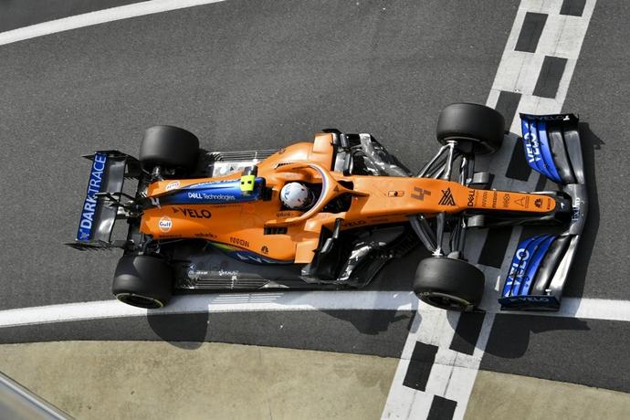 Viernes en Silverstone - McLaren: buen feedback en un día algo difícil