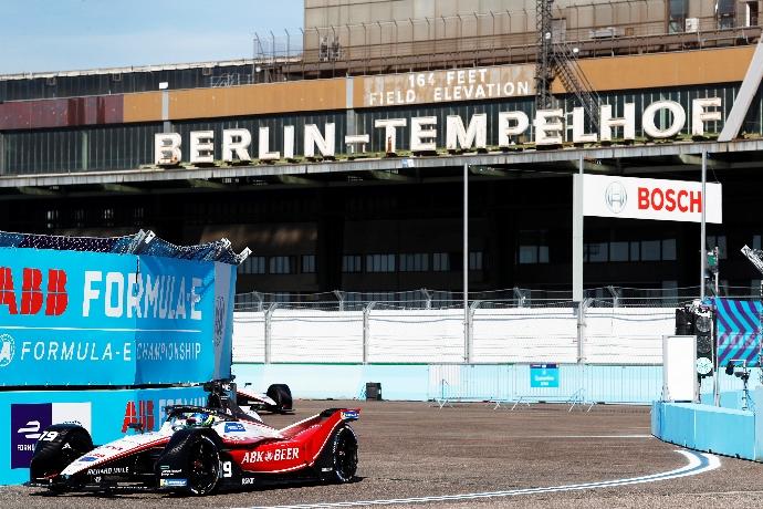 #BerlinEPrix – Día 2 - Oliver Rowland y Nick de Vries marcan el ritmo de las prácticas