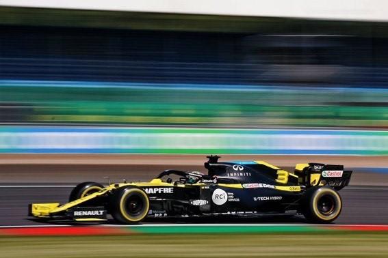 Sábado en Silvertsone – Renault se mete de lleno en la Q3