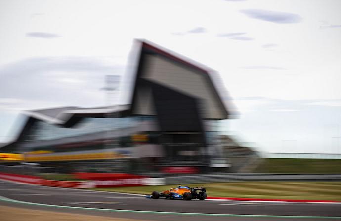 Viernes en Gran Bretaña – McLaren arranca incierto y analizando los neumáticos en el festejo de la F1 en casa